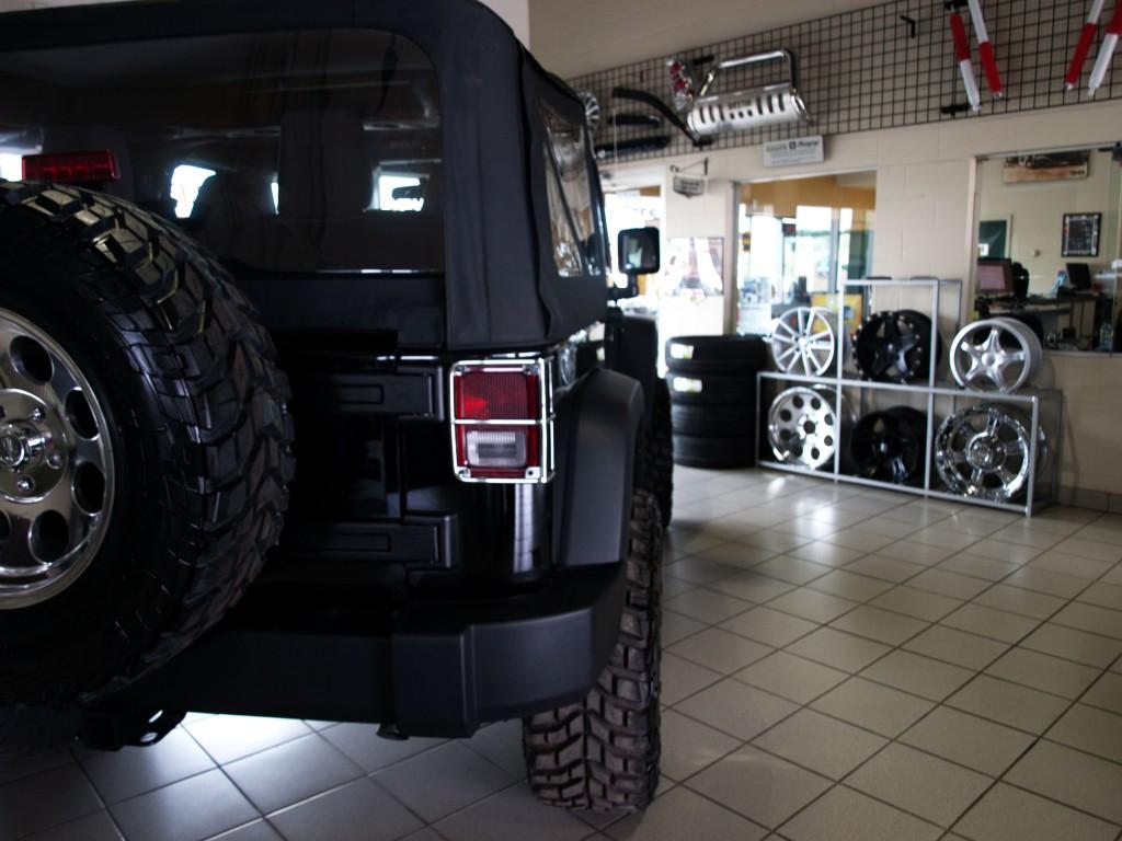 """Jeep Noir et """"mags"""" prometteurs"""