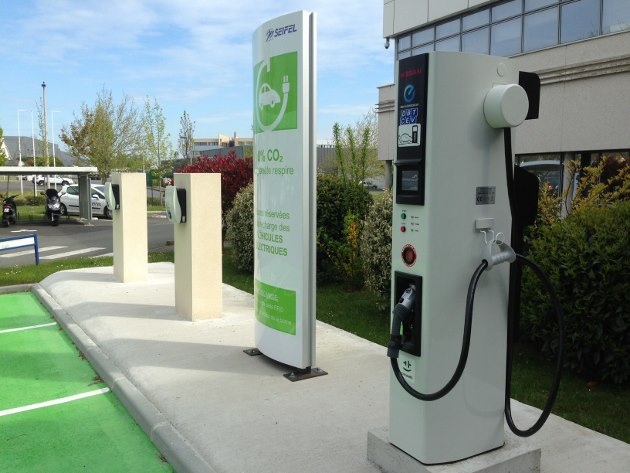 La fête des véhicules électriques! | ALBI le Géant